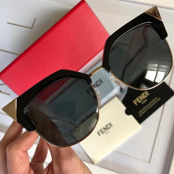 fe067d4ccf5 ⬇  390 FENDI Iridia black chic cat-eye sunglasses